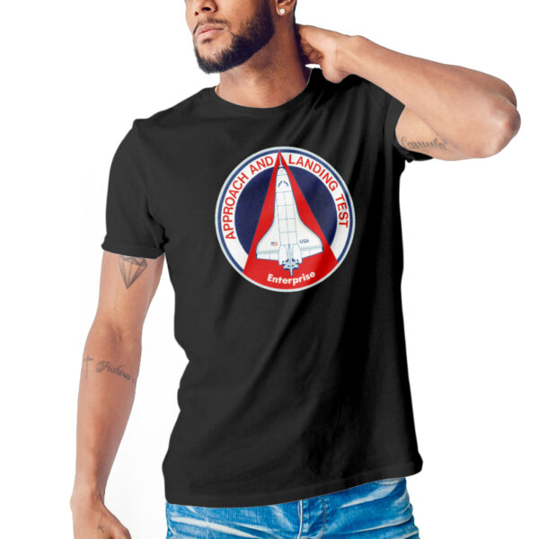 Camiseta Unissex Preta - 100% Algodão - Approach and Landing Tests