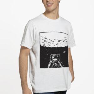 Camiseta Unissex Branca – 100% Algodão – Ilustração Astronauta em missão Apollo