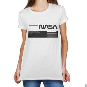 Camiseta Feminina Branca – 100% Algodão – Logo NASA Worm Sobre Blocos