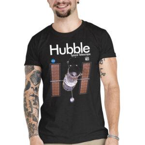 Camiseta Unissex Preta – 100% Algodão – Imagem Hubble