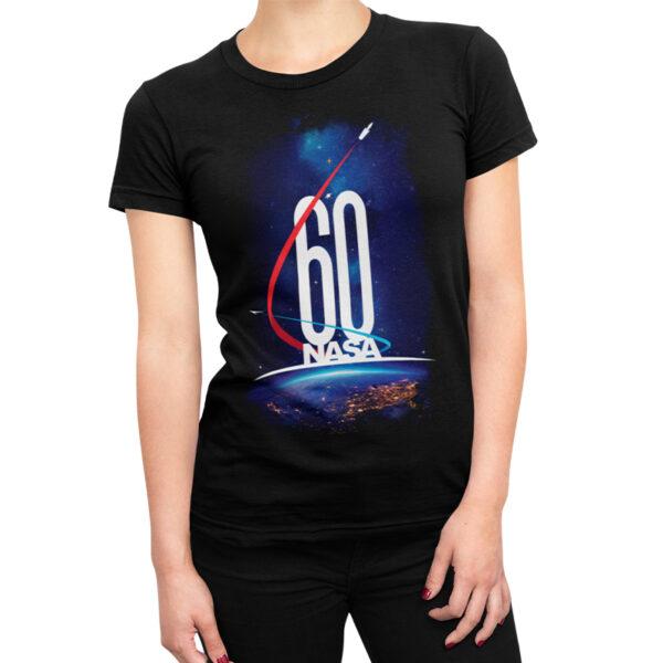Camiseta Feminina Preta - 100% Algodão - Imagem Comemorativa NASA 60 Anos